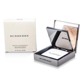 Burberry Sheer Foundation Luminous Compact Foundation - Trench No. 03  8g/0.28oz