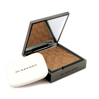 BurberrySheer Foundation Luminous Compact Foundation - Trench No. 09 8g/0.28oz