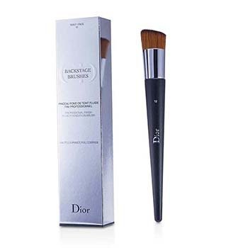 Christian DiorBackstage Brushes Professional Finish Fluid Foundation Brush (Full Coverage)