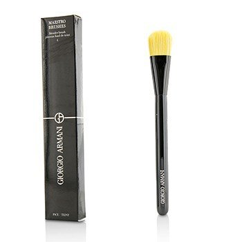 Giorgio Armani Maestro Blender Brush 4