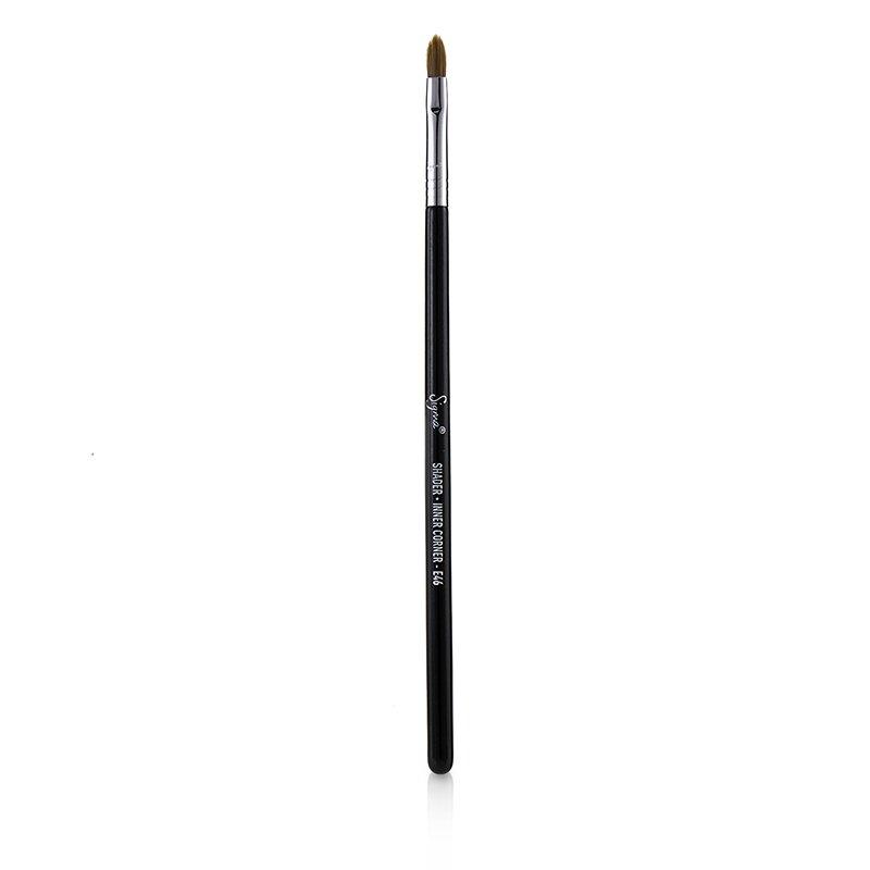 Sigma Beauty 西格玛  E46 明暗器内角笔刷  Shader Inner Corner Brush -